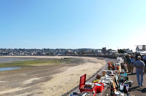 Vide-greniers sur la côte