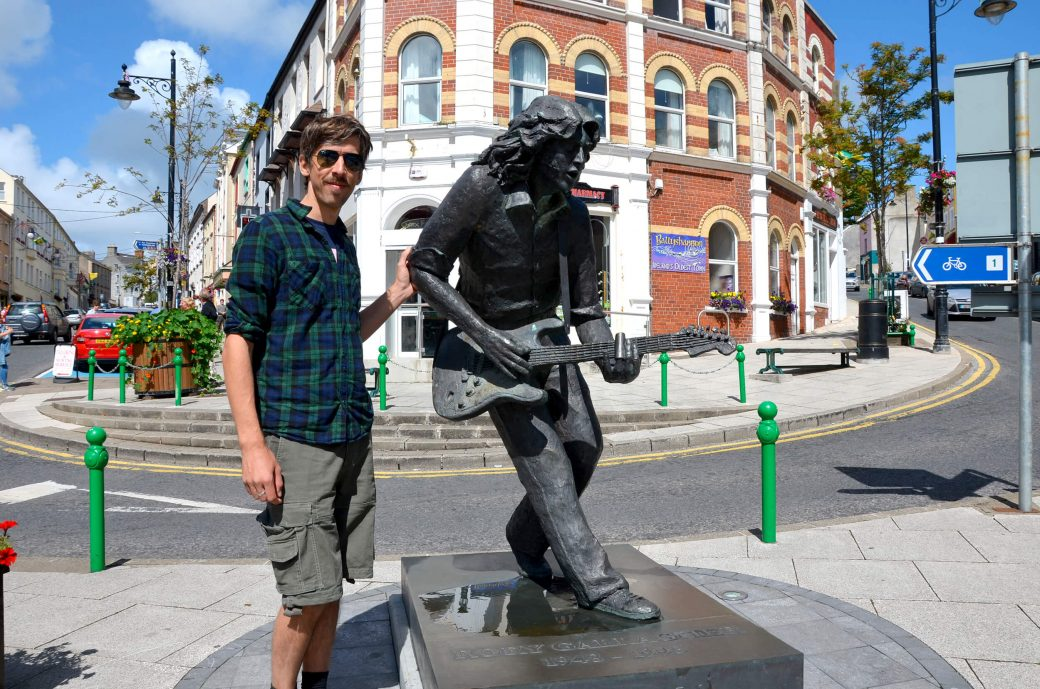 Statue de Rory Gallagher à Ballyshannon