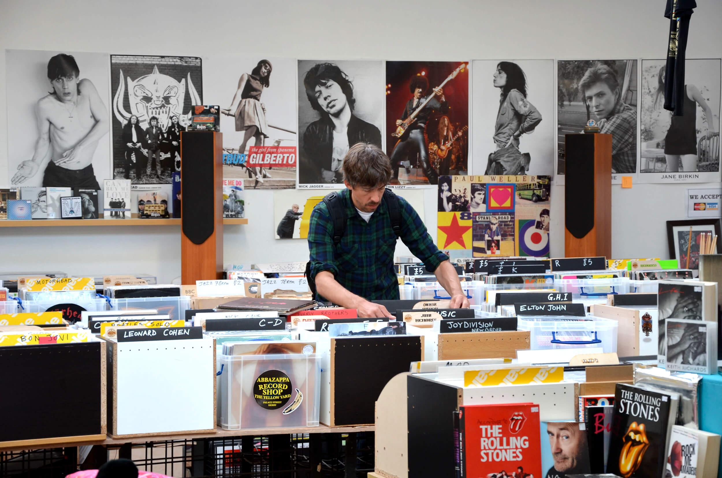 Vinyles en Irlande : entre disquaires, car boot sale et charity shops
